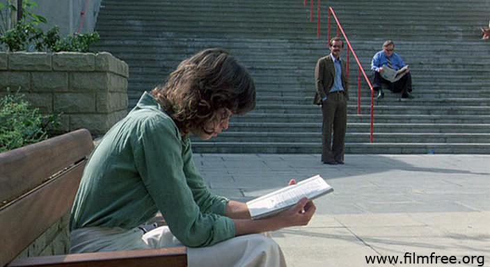 দ্য প্যাসেঞ্জার । অভিনয়ে মারিয়া স্নেইডার ও জ্যাক নিকোলসন